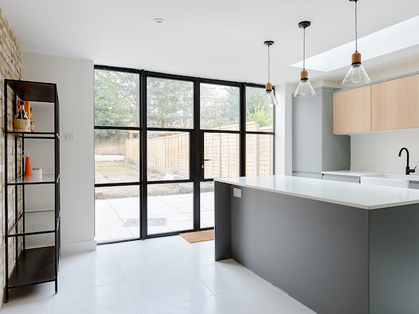 Pelham Road - kitchen painted in cream with white ceilings
